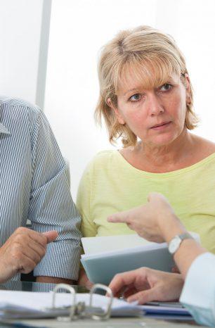 Afinal, quando vale a pena pegar empréstimo para quitar dívidas?
